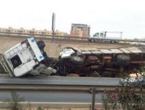Un camion-plateau fou dérape et tue une femme à Poste Thiaroye, 3 blessés graves