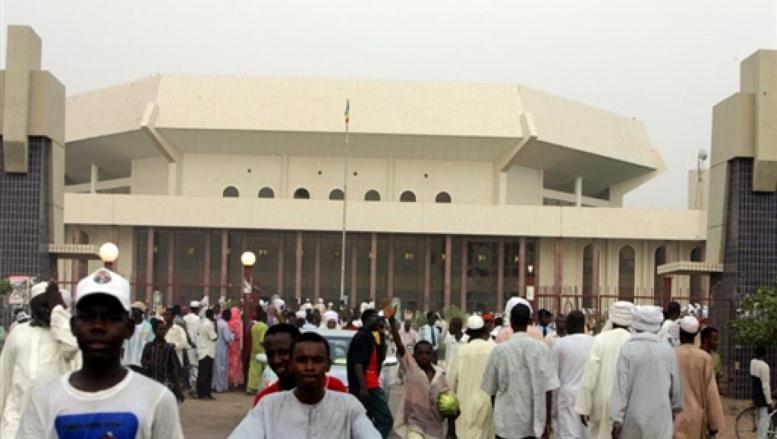 Tchad: les indemnités des députés réduites de moitié