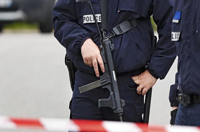 Terrorisme: trois femmes interpellées dans l'enquête du véhicule suspect à Paris