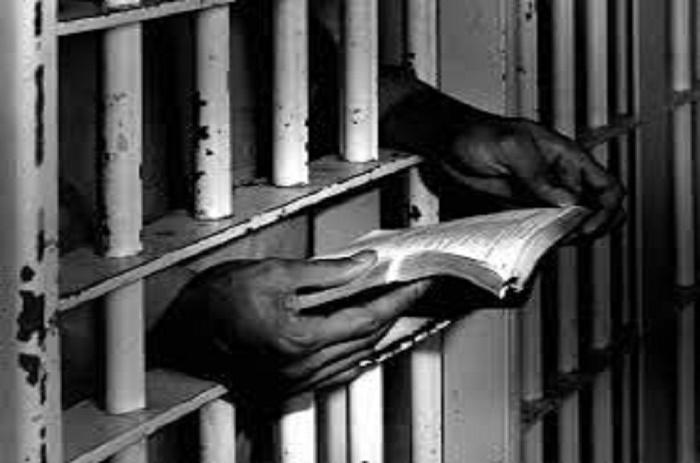 Lutte contre la torture en milieu carcéral : l'Observatoire national de privation des lieux de liberté mise sur la sensibilisation