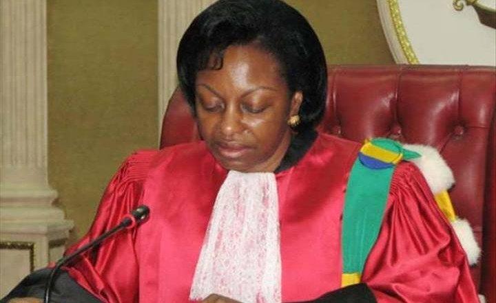 Gabon: le pays suspendu aux lèvres de Marie-Madeleine Mborantsuo
