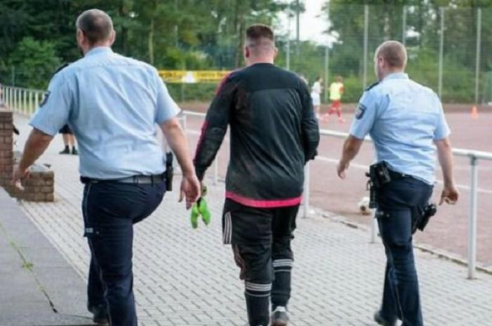 Un gardien arrêté après avoir encaissé 43 buts…