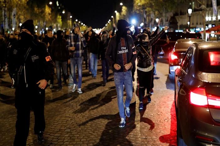 Colère des policiers: Hollande va recevoir les syndicats