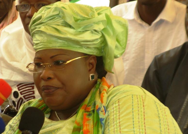 PS : Aminata Mbengue Ndiaye tend la main à Khalifa Sall et Cie