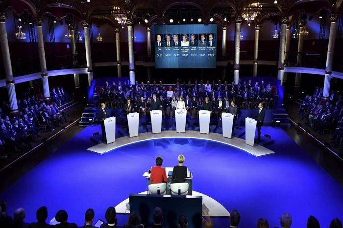 France-primaire de la droite et du centre: un deuxième débat franc entre les candidats