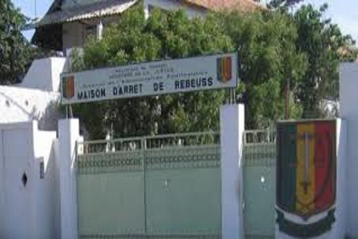 Rebeuss-Pavillon spécial: les détenus suspendent leur grève de la faim