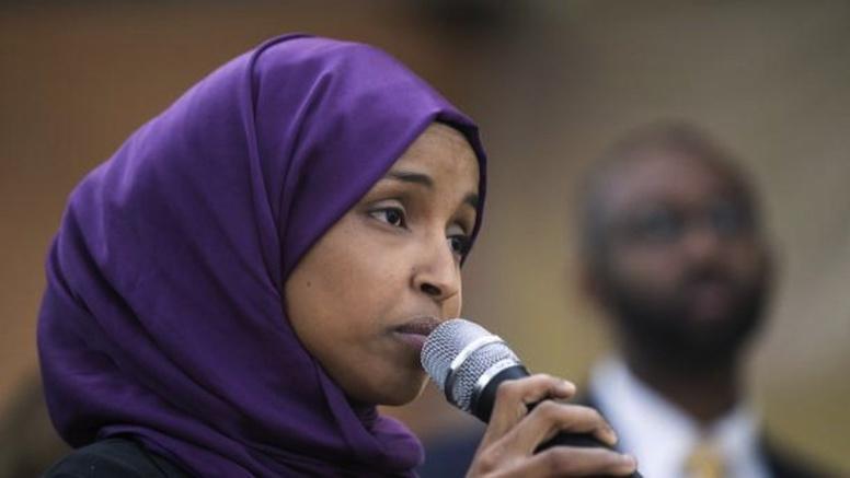 Ilhan Omar, une musulmane d'origine somalienne déjoue la rhétorique Trump en devenant députée dans le Minnesota