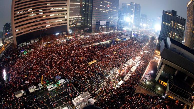 Corée du Sud: une marée humaine à Séoul contre la présidente