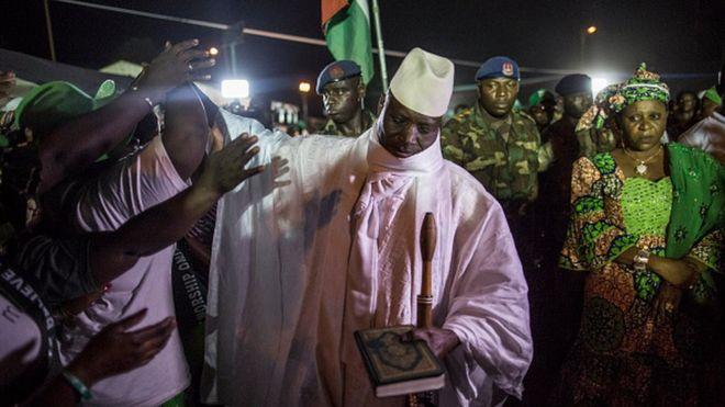Jammeh suspend sa campagne en hommage à Castro