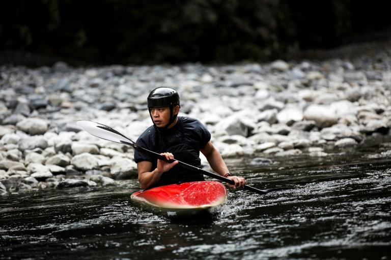 JO de Tokyo: moine et kayakiste, la double vie d'un Japonais