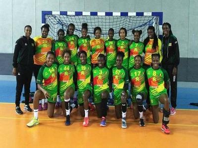 """CAN féminine Handball: les """"Lionnes"""" bouffent les """"Eléphantes"""" et jouent la qualif demain"""
