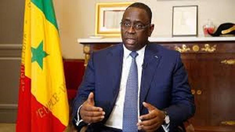 Macky Sall appelle le président Adama Barrow et félicite le peuple Gambien pour le calme et la sérénité