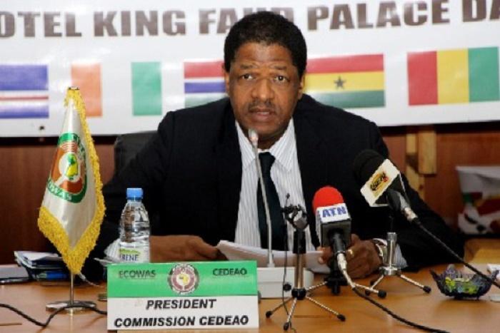 Urgent-Gambie : La Cedeao n'écarte pas l'intervention militaire, mais en dernier ressort.
