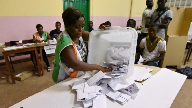 Législatives en Côte d'Ivoire: l'heure est au dépouillement