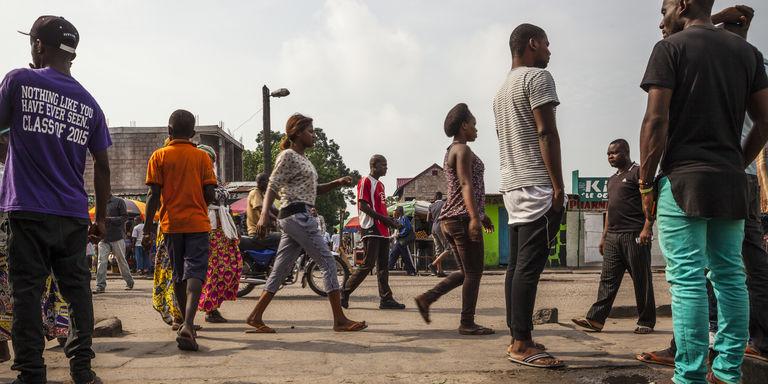 Au soir du 19 décembre, à Kinshasa, l'élite trinque à « l'apocalypse qui n'a pas eu lieu »