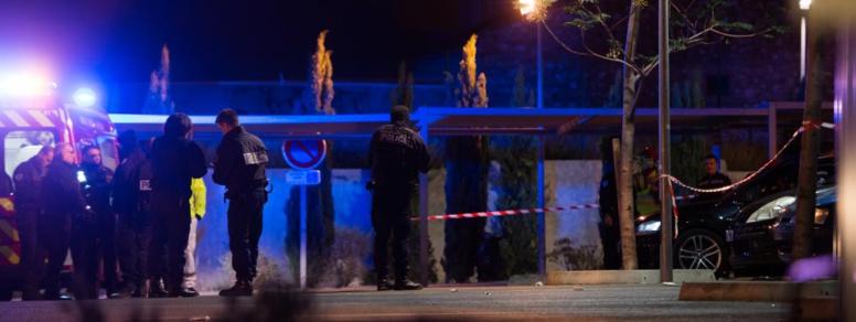 Marseille : un jeune homme de 19 ans abattu dans un bar-pizzeria, le règlement de compte privilégié