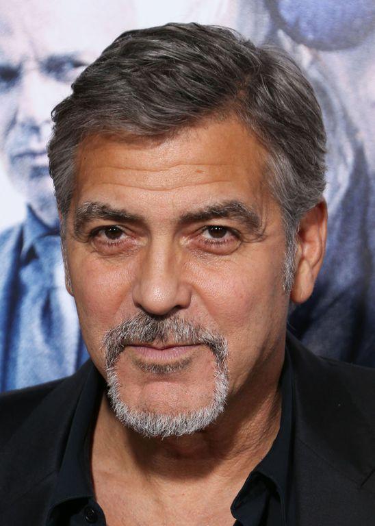 George Clooney se met ses voisins à dos à cause de sa voiture !