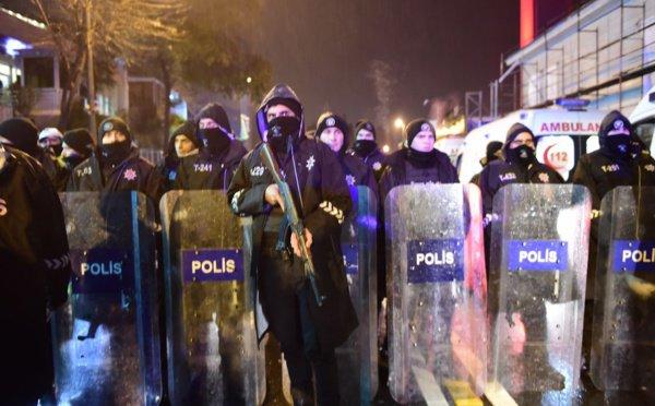 Istanbul : une chasse à l'homme est en cours après l'attaque meurtrière d'une boîte de nuit