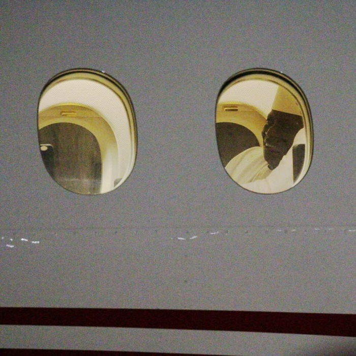 URGENT: Yahya Jammeh quitte enfin la Gambie, son avion vient de décoller, destination la Guinée