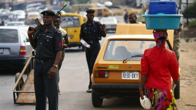 Une kamikaze se fait exploser avec un bébé sur le dos — Nigeria