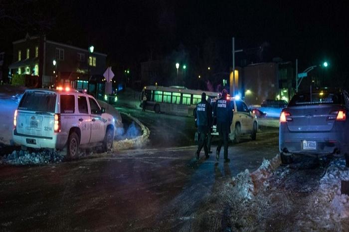 Canada: un des deux auteurs de la fusillade d'hier à la mosquée de Québec faisant six morts a appelé la police pour se rendre