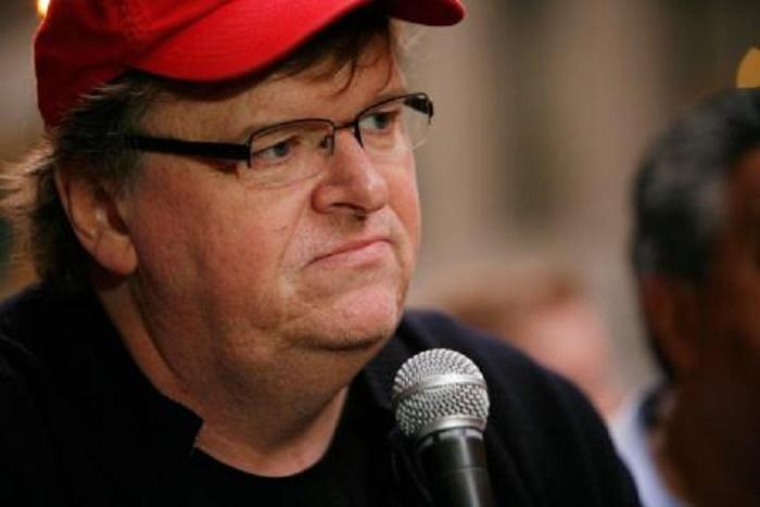 Michael Moore dénonce un «coup d'État» organisé par Donald Trump