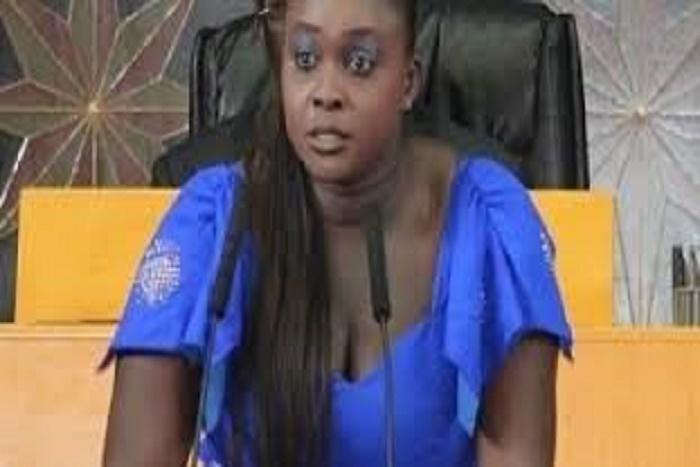 La député Fatou Thiam flingue le ministre de la Pêche : « Oumar Gueye doit démissionner »