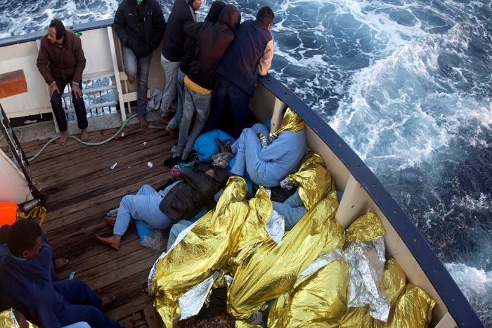Migrants: malgré l'hiver, les traversées mortelles continuent en Méditerranée