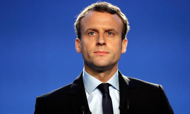 Présidentielle: selon un sondage, Macron et Le Pen seraient qualifiés au second tour
