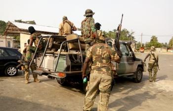 """Nouvelle mutinerie en Côte d'Ivoire: Des soldats accusent le gouvernement d'avoir """"divisé"""" l'armée"""