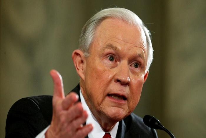 Etats-Unis: Jeff Sessions confirmé au poste de ministre de la Justice