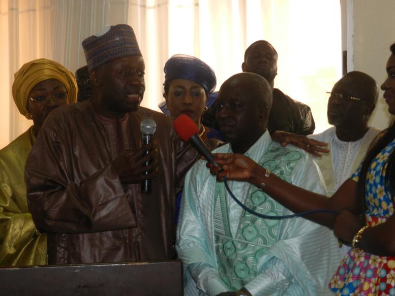 Mbaye Ndiaye (au micro) et Papa Maël Diop