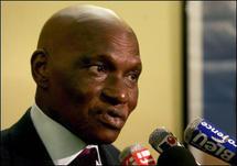 Abdoulaye Wade en entretien avec journal du dimanche