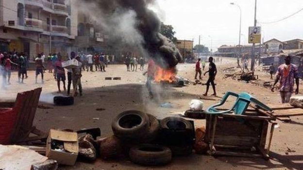 Violentes manifestations à Conakry, cinq morts et une trentaine de blessés — Guinée