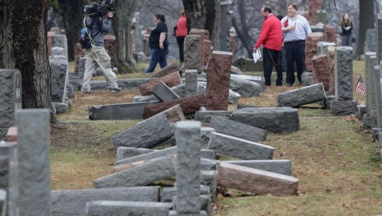Etats-Unis: profanation d'un cimetière juif à Philadelphie