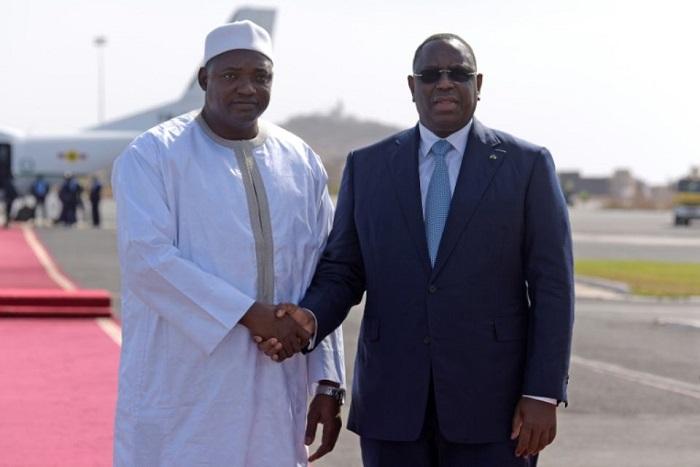 Le président gambien à Dakar pour une visite officielle