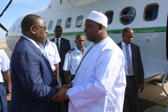 Le président gambien effectue au Sénégal sa 1e visite officielle