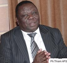 Morgan Tsvangirai en visite à Dakar
