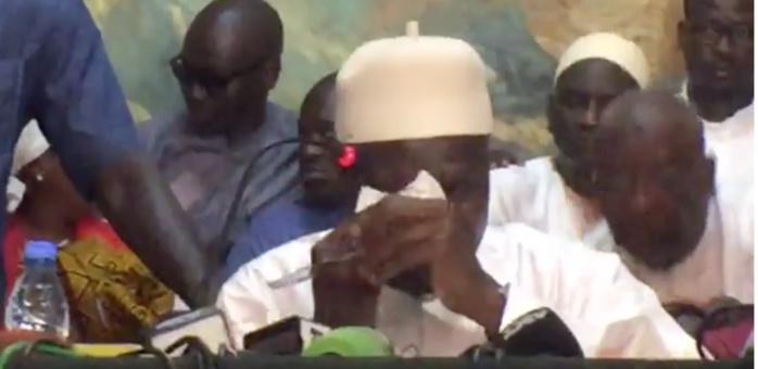 Face à la presse sur la caisse d'avance, Khalifa Sall craque et fond en larmes