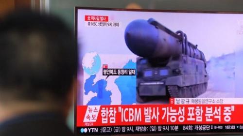 La Corée du Nord tire quatre missiles balistiques en direction de la mer du Japon