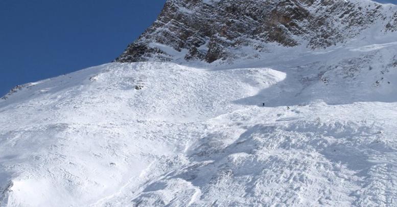 """Avalanche sur une piste ouverte Tignes, """"beaucoup de monde"""" emporté"""