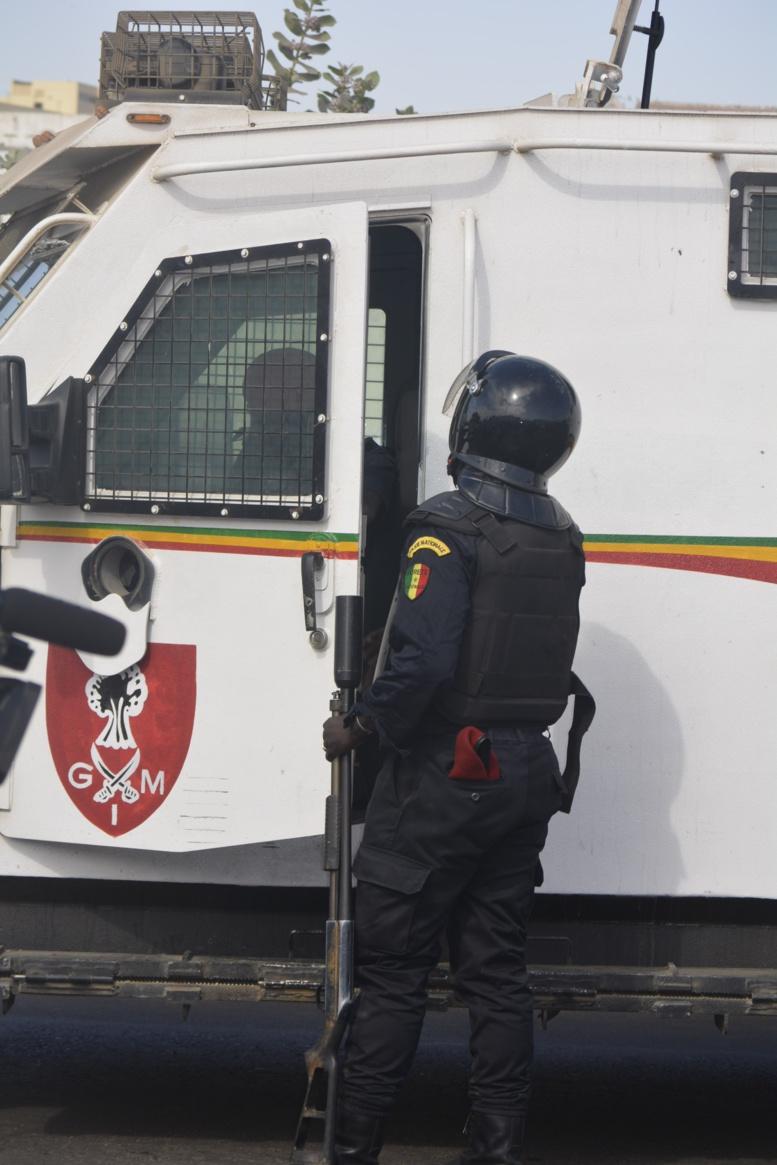 En direct du Palais de Justice : Arrivée de Khalifa Sall en images @IbraGuindo