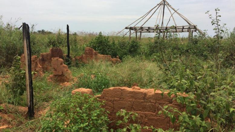 RDC: visite du village de Kamuina Nsapu avec sa famille