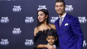 Cristiano Ronaldo bientôt papa de jumeaux ?