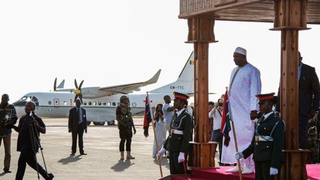 Adama Barrow en visite officielle en France et en Belgique — Gambie
