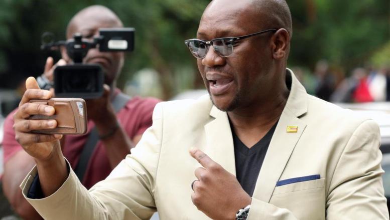 Zimbabwe: ouverture du  procès du pasteur Mawarire, leader de #ThisFlag