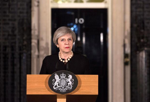 """Theresa May: """"Nous allons tous aller de l'avant, ensemble"""""""