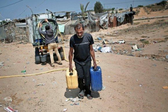 L'eau, le drame humanitaire insoluble de Gaza