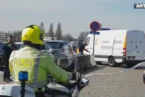 Belgique: un homme arrêté à Anvers après avoir tenté de foncer en voiture dans la foule