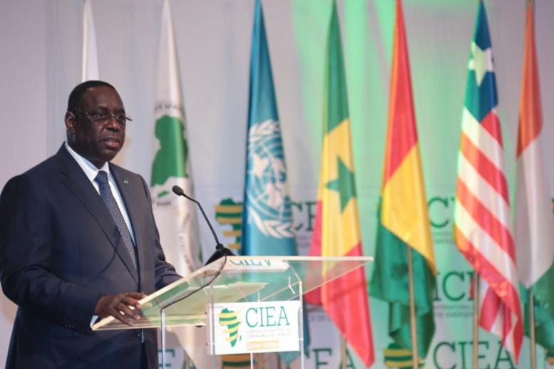 Macky Sall à Abidjan : « Sur le chemin de l'émergence, il y a des besoins urgents à prendre en charge »